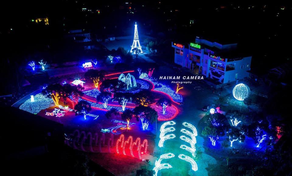 Công viên ánh sáng đầu tiên tại Mộc Châu