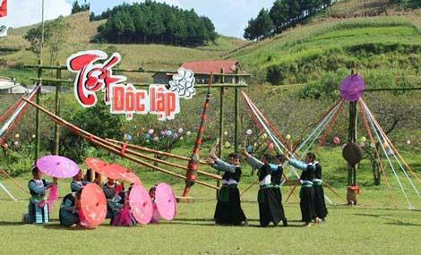 Tháng 9 này, lên Mộc Châu đón Tết Độc Lập